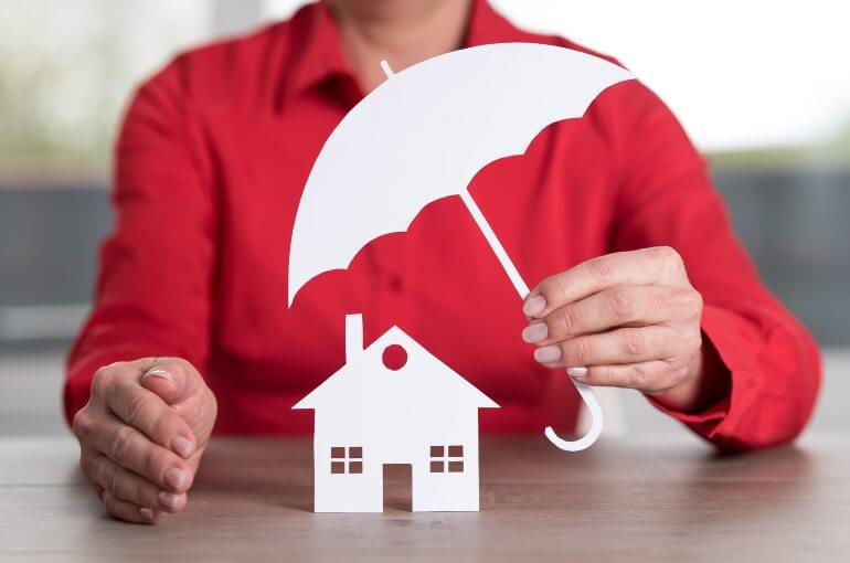 types homeowners insurance what it does and doesnt cover